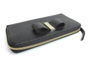 wholesale dealer 041e8 b2027 クロエ 未使用 ラウンドファスナー長財布 レザー 黒 リボン付き ...